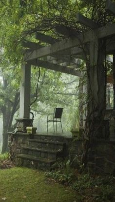 Now it I could have a private pavilion like this with an enclosed area with french doors  that would be such an amazing place to relax and enjoy God's creation!