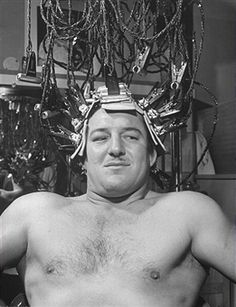 Gorgeous George Wagner getting his hair curled before wrestling match. (Photo by Allan Grant//Time Life Pictures/Getty Images) Search - Getty Images : (FILE)Time Life Gets Beautiful