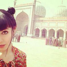 Hannah Snowdon in India