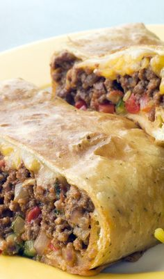 """Ww Skinny Chimichangas - This is out of my Weight Watchers cookbook called """"Take-Out Tonight!"""" This is an excellent low fat chimchangas recipe. by letitia Skinny Recipes, Ww Recipes, Mexican Food Recipes, Cooking Recipes, Healthy Recipes, Recipes Dinner, Dishes Recipes, Dinner Ideas, Salads"""