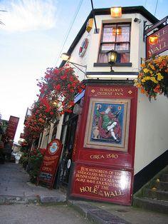 Historic Torquay Pub 'Hole in the Wall' - Torquay, Devon, UK Devon Coast, Devon Uk, Devon England, Devon And Cornwall, London England, British Pub, British Isles, Leeds, Bristol