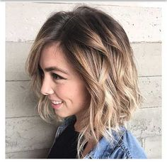 Spring Hairstyles Medium Hairstyles for Winter-Spring 2018 Brunette to Blonde Ombre Wavy Bob Hairstyles, Spring Hairstyles, Bob Haircuts, Trendy Hairstyles, Ladies Hairstyles, Hairstyles 2018, Hairstyles Pictures, Beautiful Hairstyles, Brown Blonde Hair