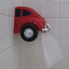 Red VW Beetle Toilet Paper Holder from the by BetsyOldAndNew Volkswagen Bus, Vw T1, Vw Camper, Vw Accessories, Van Vw, Toilet Paper Dispenser, Car Furniture, Beetle Car, Vw Cars