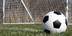 Imagini pentru poze cu sampanie si TORT CU MINGE  flori la multi ani PENTRU FRATELE MEU SI MINGE Soccer Ball, Soccer, European Football, Futbol, Football