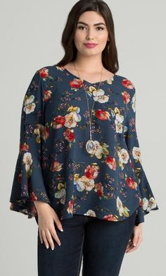 Plus Size Bell Sleeve Crepe Floral Blouse Curvy Outfits, Chic Outfits, Fashion Outfits, Fashion Tips, Plus Size Blouses, Plus Size Dresses, Plus Size Outfits, Fall Fashion Trends, Trending Fashion