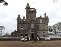 Carlowrie Castle from the South - Isobel Wylie Hutchison - Wikipedia, the free encyclopedia