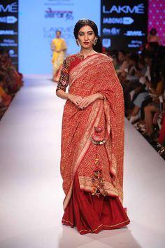 Gaurang - LFW 2015 Pinned by Sujayita