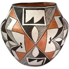 Marie Torivio Acoma Pueblo Native American Pottery : Stephen A. Kramer Ltd. Native American Pottery, Native American Indians, Pueblo Native Americans, Pueblo Pottery, Hand Thrown Pottery, American Indian Jewelry, Gourd Art, Native Art, Ceramic Artists