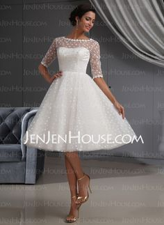 Wedding Dresses - $146.99 - A-Line/Princess Scoop Neck Knee-Length Satin Tulle Wedding Dresses With Lace (002022700) http://jenjenhouse.com/A-Line-Princess-Scoop-Neck-Knee-Length-Satin-Tulle-Wedding-Dresses-With-Lace-002022700-g22700