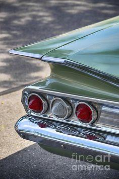 When Cars Had Wings www.juliepalencia… Wenn Autos Flügel hatten www. American Muscle Cars, American Classic Cars, Old Classic Cars, Retro Cars, Vintage Cars, Antique Cars, Ford Trucks, 4x4 Trucks, Chevrolet Trucks
