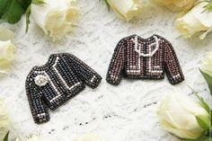 Жакет Брошь Брошка из бисера 'Jacket For A Lady' (black) – купить или заказать в интернет-магазине на Ярмарке Мастеров | Элегантная брошка в виде жакета в стиле Chanel, …