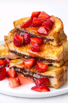 verticalfood:  Nutella Stuffed French Toast with Macerated Strawberries