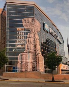 We're gonna need a bigger window soon! Pittsburgh Sports, Pittsburgh Penguins Hockey, Pens Hockey, Ice Hockey, Hockey Rules, Lets Go Pens, Ppg Paint, Stanley Cup Champions, Sidney Crosby