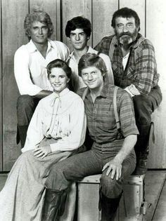 Little House on The Prairie Laura Ingalls Wilder, Caricatures, Edward Albert, The Little Couple, Ingalls Family, House Cast, Michael Landon, Old Tv Shows, Vintage Tv