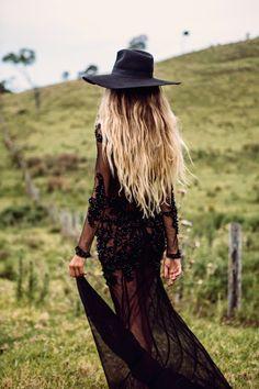 ╰☆╮Boho chic bohemian boho style hippy hippie chic bohème vibe gypsy fashion indie folk the . Gypsy Style, Boho Gypsy, Hippie Style, Bohemian Style, Hippie Boho, Style Me, Hippie Chick, Amphi Festival, Boho Chic