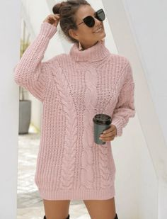 Cute winter date night outfits to wear on your next date! These ideas are perfect for casual or fancy dates in the chilly weather! Winter Date Outfits, Winter Date Night Outfits, Cable Knit Sweater Dress, Cable Knit Sweaters, Sweater Dresses, Mohair Sweater, Casual Chic Style, Sweaters For Women, Turtle Neck