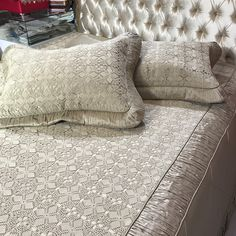 Home Tex, Crochet Cushions, Crochet Home Decor, Hand Embroidery Designs, Bed Covers, Bed Spreads, Linen Bedding, Crochet Lace, Bed Sheets