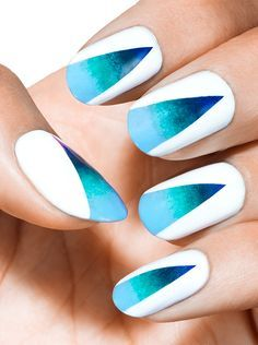 Essie Art Sea Worthy - aruba blue - go overboard - naughty nautical - bikini so teeny - blanc