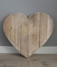 Rustic Heart Shaped Pallet Wood Sign   DIY Done Right ...