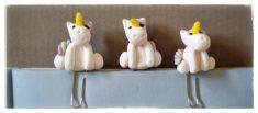 #xuliclips unicornio. Clips decorados con un unicornio.  Realizados a mano en arcilla polimérica (fimo) by Mayonako.com  Ideales para usar como marcapáginas, puntos de libro, decorativos en scrapbook  para más información o compras: mayonako.pasionpor@gmail.com  #fimo#arcillapolimerica#clay#polyclay#polimerclay#porcelanafria#hechoamano#handmade#mayonako#xuliclips