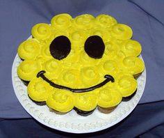 Smiley Face (Cupcake Cakes)