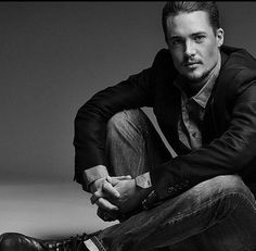 "Alexander Dreymon~ ""Uhtred"" on The Last Kingdom"