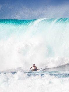 Congratulations to Julian Wilson. 2014 Billabong Pipe Masters winner and 2014 Vans Triple Crown of Surfing winner. Photo: Trevor Moran.