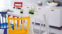 Some Brilliant Ideas to Beautify Dining Room with Some Colorful Chairs: Bright Dining Room With Light Chair Design Bright Dining Rooms, Colorful Chairs, Decoration, Chair Design, Table, Furniture, Grisaille, Home Decor, Living Room Designs