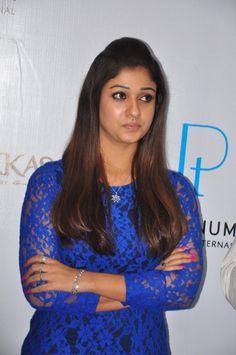 Nayanthara Hot Stills in Blue Dress South Indian Actress Hot, South Actress, Indian Film Actress, Indian Actresses, Prettiest Actresses, Hot Actresses, Nayanthara Hairstyle, Hollywood Fashion, Loose Hairstyles