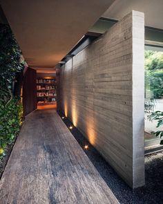 "13 mil Me gusta, 30 comentarios - Architecture & Design.  (@artsytecture) en Instagram: ""Casa Sierra Leona. By JJRR/ARQUITECTURA  Located in Sierra Leona, Mexico #artsytecture  __…"""
