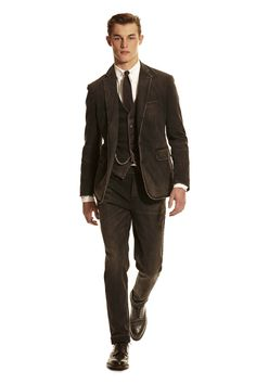 7914f4cd923e Polo Ralph Lauren Fall 2016 Menswear Fashion Show - null Preppy Mens Fashion
