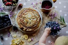 Gluteenittomia ja maidottomia lettuja Acai Bowl, Pie, Breakfast, Desserts, Blog, Recipes, Acai Berry Bowl, Torte, Morning Coffee