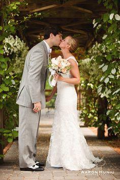 Zukas_Hilltop_Barn_Wedding_Boston_Wedding_Photographer_MA_Liane_Michael_015