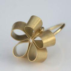 galeria zero925 - biżuteria artystyczna | naszyjniki | obrączki | kolczyki | klipsy | pierścionki | bransoletki | broszki :: pierścionek