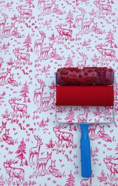 Patterned Paint Roller in Aspen Frost Design