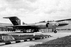 Military Jets, Military Aircraft, Air Force Aircraft, Image Cover, Royal Air Force, Gloucester, Royal Navy, Wwii, Lightning
