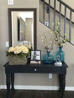 Classic Entryway Mirror Decoration Ideas