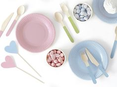This pack of 18 wooden cutlery features pale pastel colours on the handles in pale green, pink and blue. Tissue Balls, Tissue Pom Poms, Pastel Party Decorations, Valentine Decorations, Latex Balloons, Pastell Party, Balloon Prices, Pastel Colors, Pink