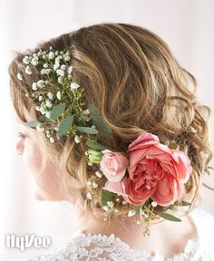 Flowers are a beautiful addition to a bride's hair. Choose a look that complements your hairstyle. Flowers with sturdy stems, such as peonies and roses, go well together in a flower crown: seeded eucalyptus and baby's breath are delicate fillers that weave into the hair naturally. Set up an appointment with your local Hy-Vee floral department for more ideas.