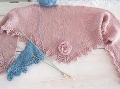 It's relaxing🧣 #relaxing #knitting #handmade #course #happyness #photooftheday #rosa #blue #inspiration #takechances #lovethelittlethings #liebezumdetail #gemeinsamdurchinsta #cantgetenough #shoponline #stoffigesundmehr #stgallen