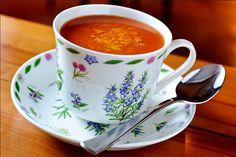 Sopa de tomate ao curry, opção da Bibi Gastronomia (Foto: Tadeu Brunelli)