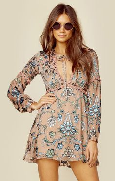The For Love and Lemons Saffron Mini Dress features a gorgeous floral embroidery throughout, front keyhole with lattice trim detailing, and long blousey sleeves. Bohemian Mode, Boho Chic, Pop Fashion, Girl Fashion, Boho Outfits, Fashion Outfits, Bohemian Schick, Casual Dresses, Short Dresses