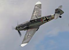 Messerschmitt_(Bf) Me-109 G4 'Red 7'