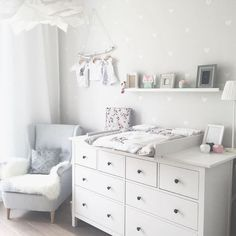 Kinderzimmer Ikea Hemnes Wickeltisch You are in the right place about baby room decor bear Here we offer you the most beautiful pictures about the … Baby Bedroom, Baby Boy Rooms, Baby Room Decor, Baby Boy Nurseries, Nursery Room, Ikea Baby Room, Nursery Ideas, Ikea Nursery, Project Nursery