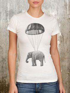 Éléphant en écran Parachute-féminines imprimé T-Shirt-disponible en S, M, L, XL - fusain encre sur les vêtements de rechange Ivoire T-shirt 16.98euro