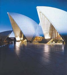 The 10 Greatest Buildings of the Modern Architecture Era: 1957 - 1973 : Sydney Opera House, Australia