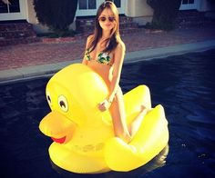 Rub a dub dub jump on the giant rubber duck pool float, just not in the tub. This over-sized rubber ducky inflates to a whopping 60' x 48' tall yellow duck...