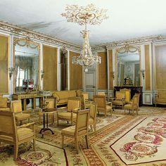 chateau de fontainebleau interior images   Château de Fontainebleau - Petits appartements : deuxième salon de l ...