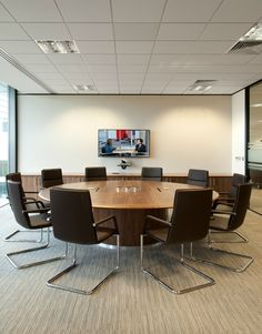 Executive Home Office Design Office Furniture Design, Office Interior Design, Office Interiors, Office Reception Design, Small Office Design, Industrial Home Offices, Industrial Office Design, Round Conference Table, Conference Room