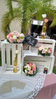 Crates to add height to your table. Diy Wedding, Rustic Wedding, Wedding Reception, Wedding Flowers, Dream Wedding, Wedding Day, Birthday Party Decorations, Wedding Decorations, Birthday Parties